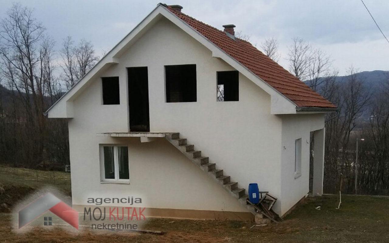 Kuća  - Trstenik