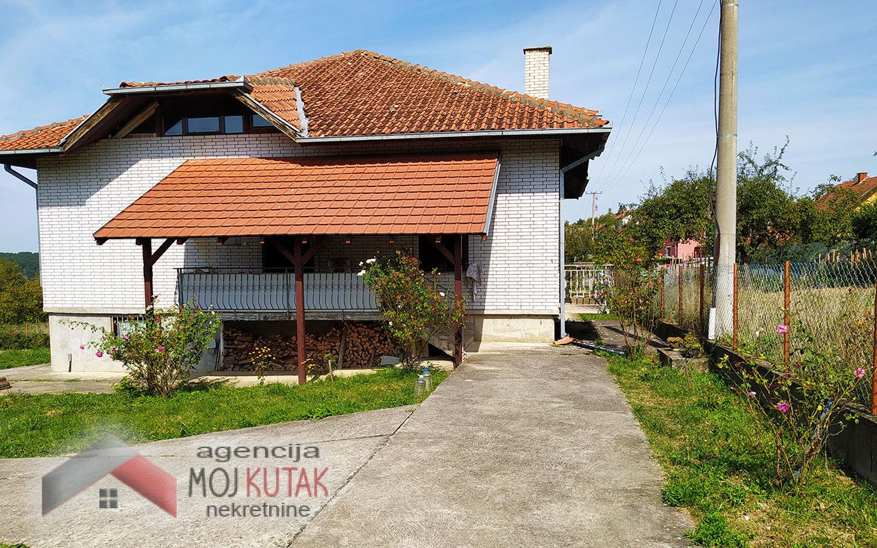 Kuća na prodaju, Metinske livade